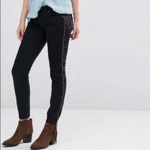 Free People Levon Full Zipper Black Jeans | Sz 31